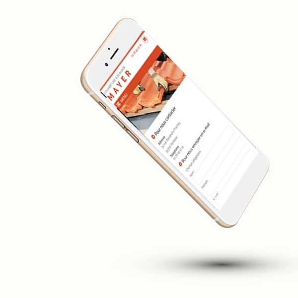 Mockup du site internet d'une entreprise de couverture 95