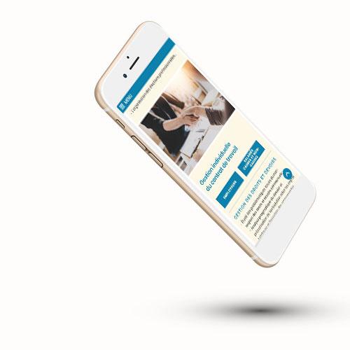 Mockup d'un site internet one page adapté au format mobile et smartphone
